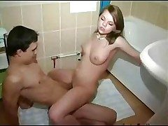 Step Brother Coupled with Sister Take A Bath