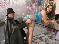 Watch this girlie show xxx scene in Italian ventilate with Henessy S, Omar Galanti with an increment of transformation people.